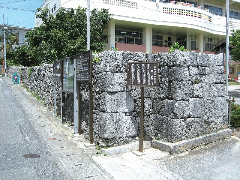 祥雲寺の石垣