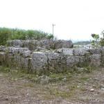 スサビミャーカ(巨石墓)