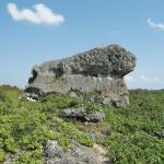 下地島巨岩
